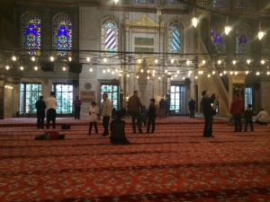 Praying with others in Sultanahmet (the Blue Mosque)